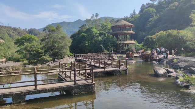 黃滿寨瀑布