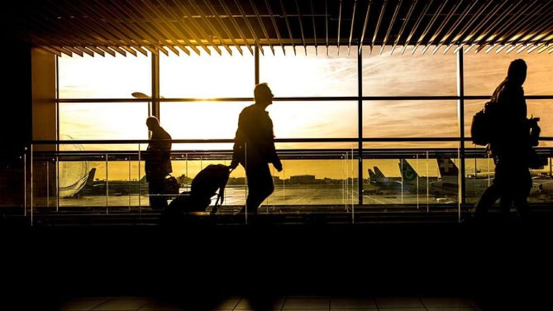 Private Vilnius Airport Departure Transfer