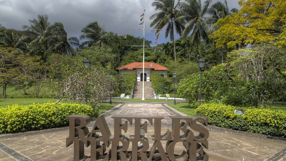 Singapore Fort Canning Tour with lunch  (History + Spice garden + Internet celebrity photo spots)