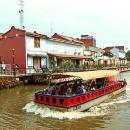 馬六甲海峽清真寺+荷蘭紅屋+雞場街+遊船+中文包車一日遊(新山往返或送吉隆坡)