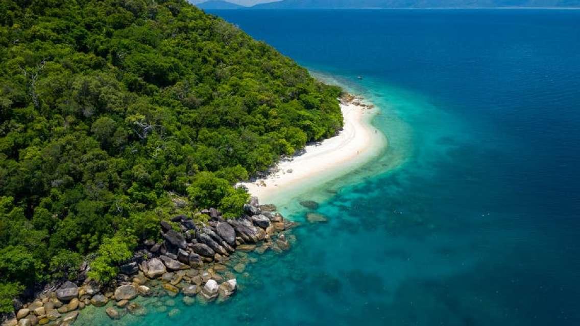 Fitzroy Island Adventures Full-day Tour