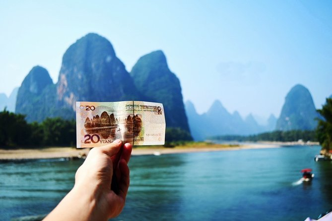 Li River Cruise from Guilin to Yangshuo with West Street and Ten-Mile Gallery