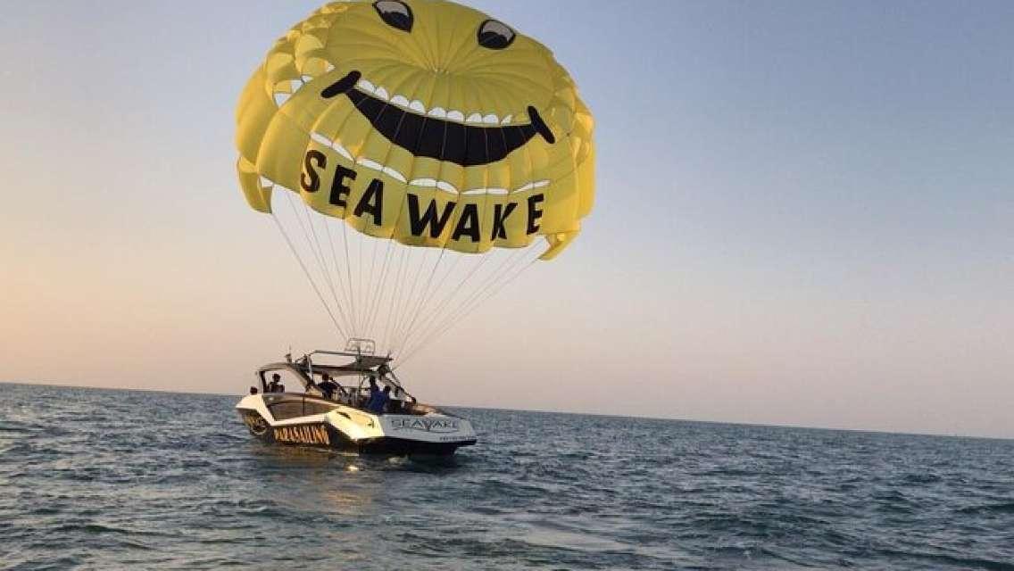 Jumeirah Beach Parasailing Experience in Dubai