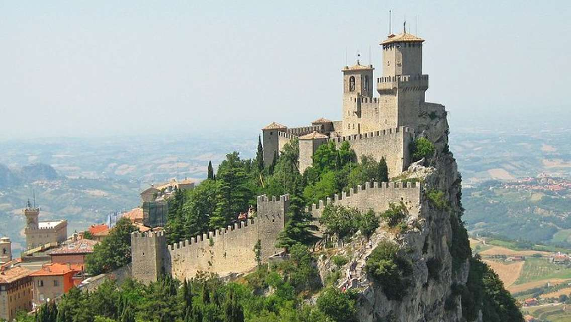 Best of San Marino with Professional Guide