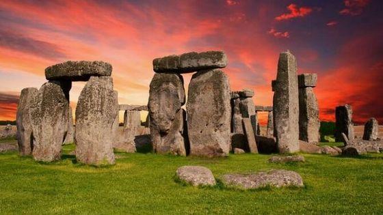 Windsor, Stonehenge and Bath Trip from London