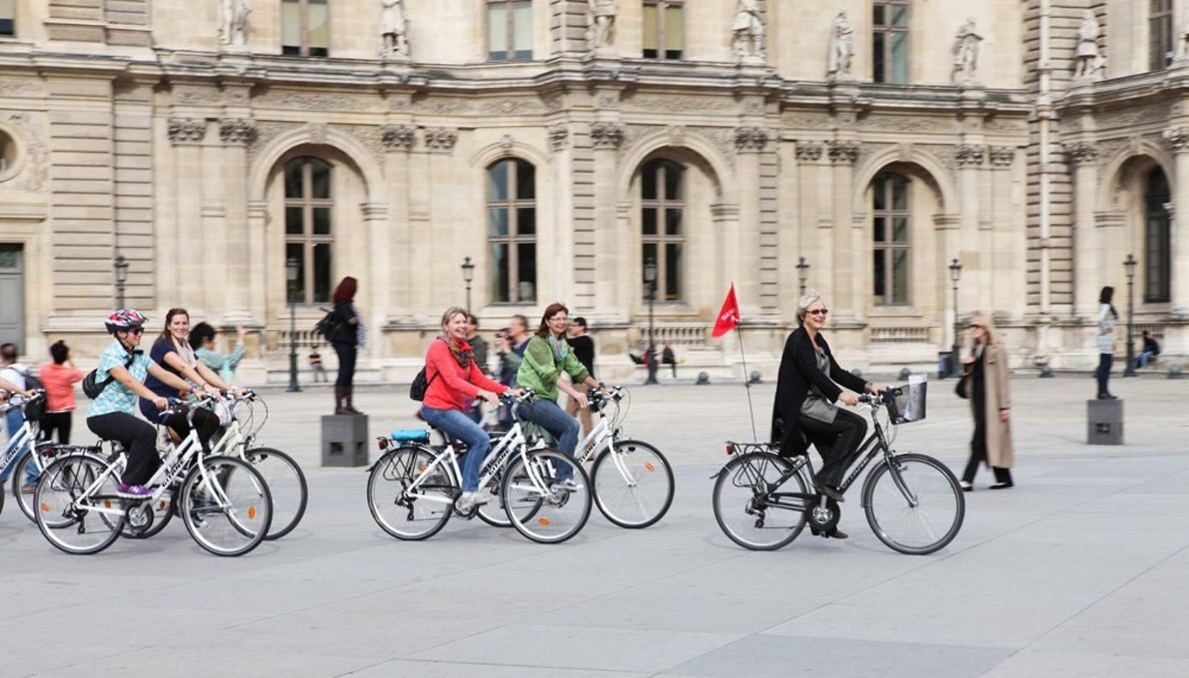Historic and contemporary Paris bike tour