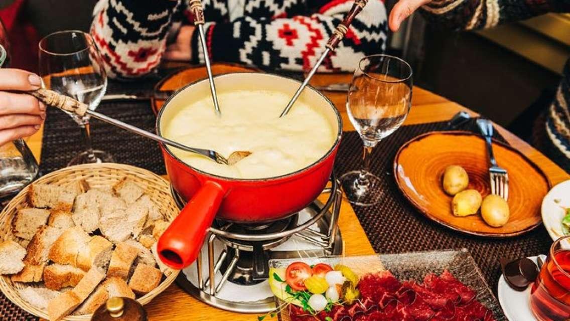 Private Trip from Geneva to Gruyeres: Cheese & Chocolate Tasting