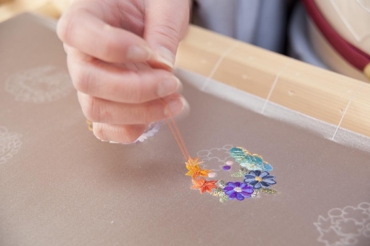 加賀繍(かがぬい)体験 自分で刺繍を施して小物作り<金沢市>