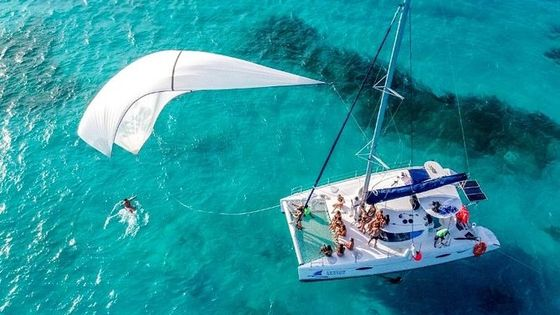 Sailing Experience Isla Mujeres Tour