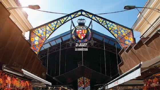 LIVE Interactive Tour: Walk In Barcelona's Barri Gòtic
