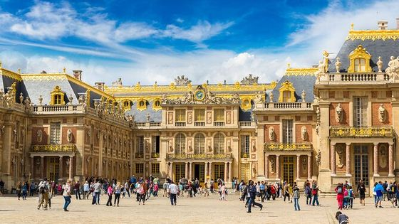 Versailles Palace Skip the Line Guided Tour with Fountains Show