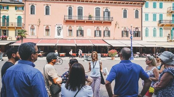 Verona Walking Tour in Small-group