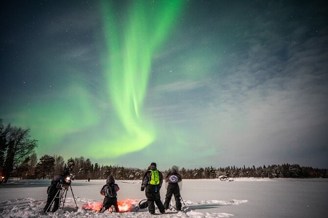 Rovaniemi Northern Lights Photography Small-Group Tour