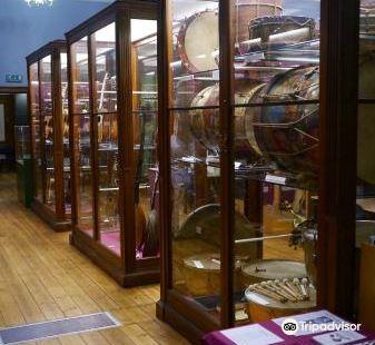 雷德音樂廳樂器博物館