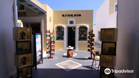 Ernesto Workshop & Gallery