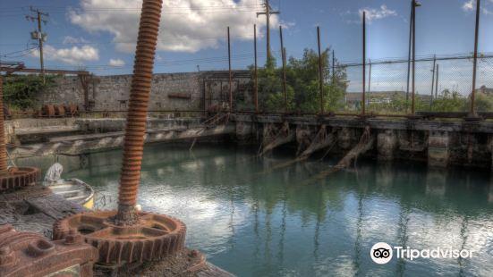 Screw Dock