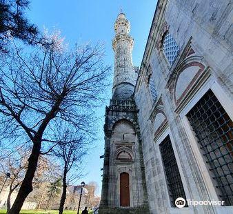 澤紮德清真寺