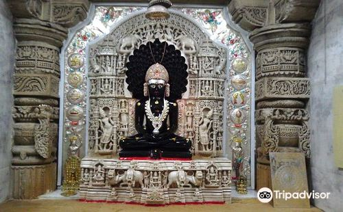 Chandraprabhu神廟