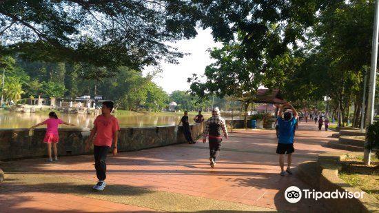 Taman Perling