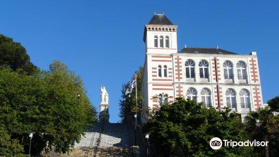 儒勒凡爾納博物館