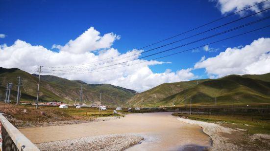 果洛神女峰