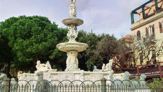 海王雕像噴泉