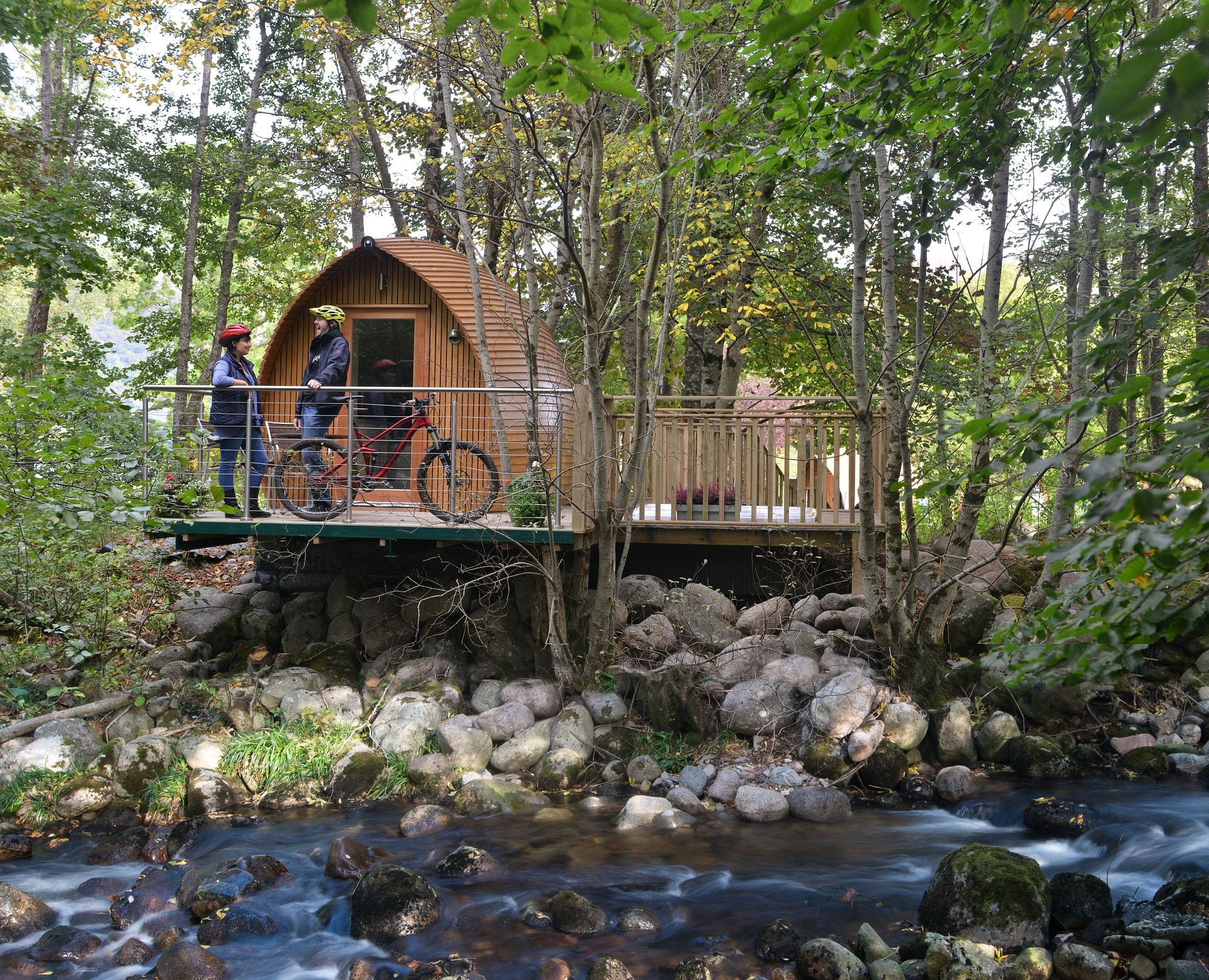 Glamping: 4 Best Worldwide Luxury Campsites and Glamping Ideas