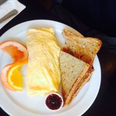 Paul's Place Omelettery User Photo