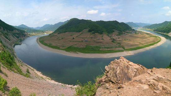 绿江村有14个居民组,550多户农民在这里居住,有2000多