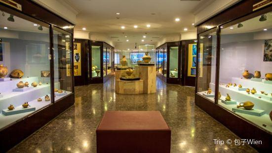 伊茲密爾考古博物館