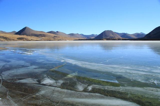 思金拉錯湖