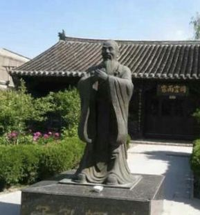 这个书院是大连地区最早出现的书院之一,也是辽南大地唯一保存下