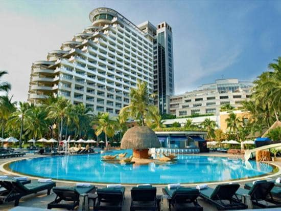 Explore the Royal Family's Backyard and Unrivaled Ocean View Hotels in Hua Hin