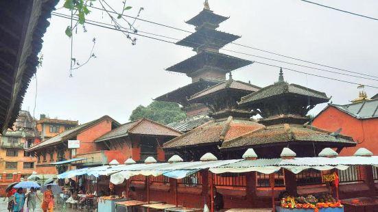 Kumbeshwar Temple
