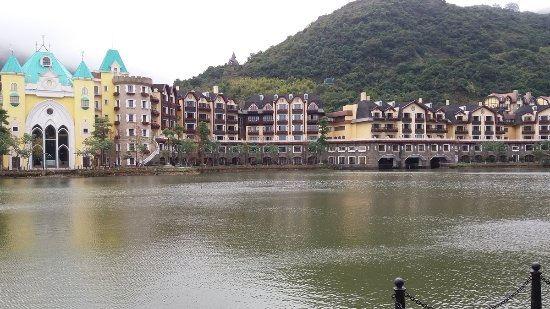東部華僑城