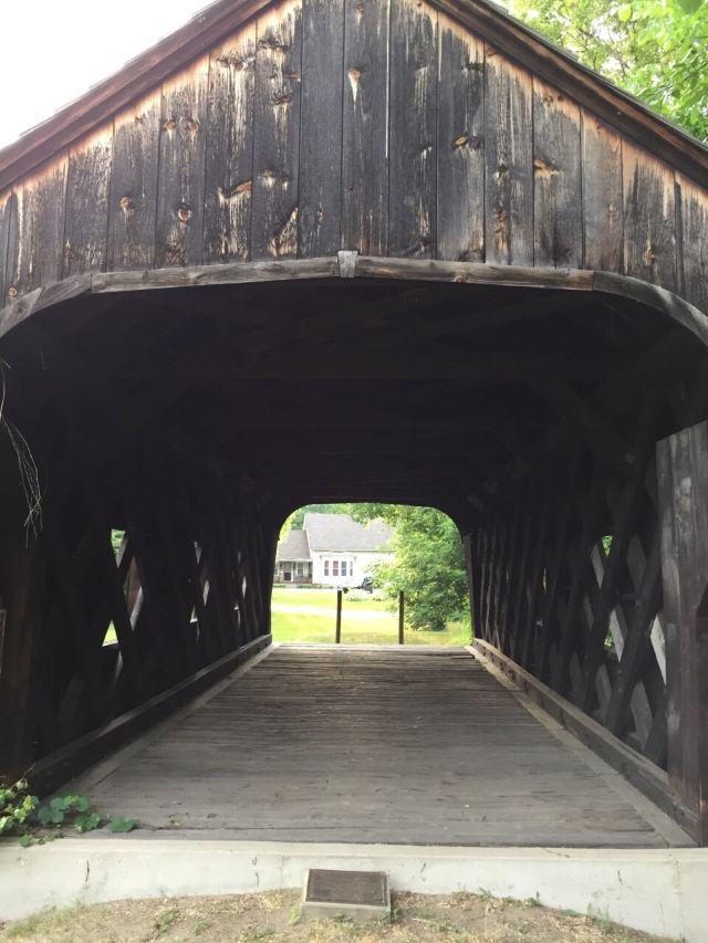 Eureka Schoolhouse and Baltimore Covered Bridge