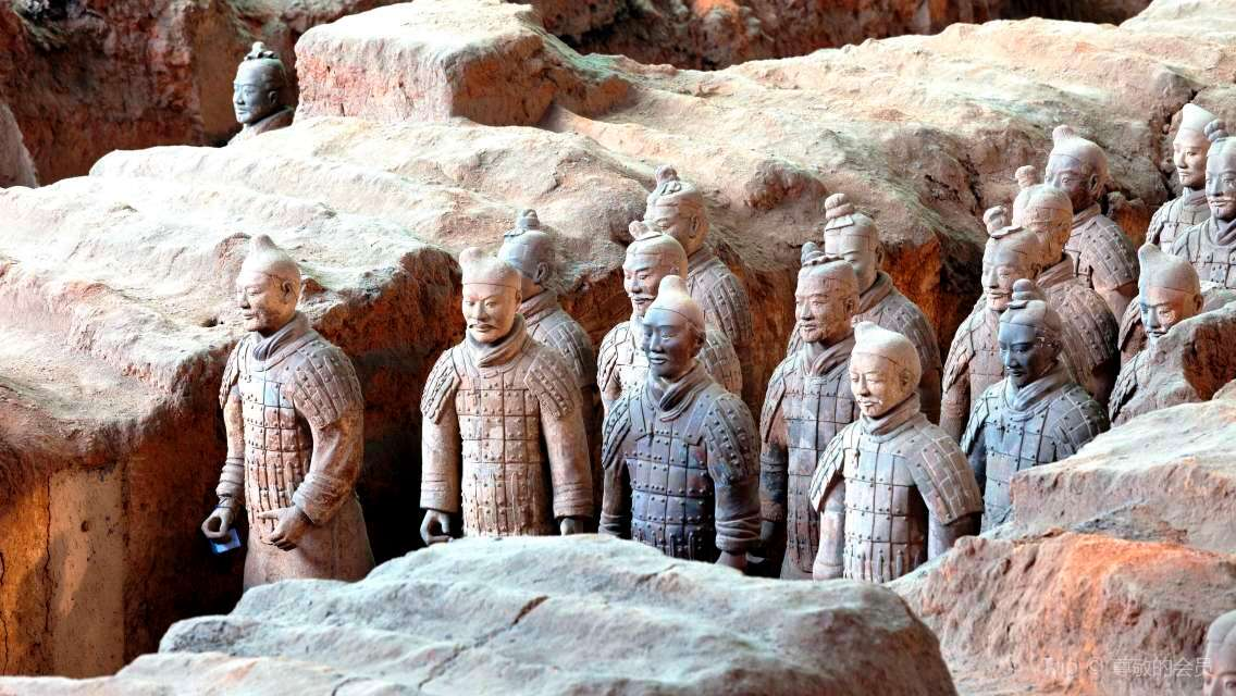 Xi'an Classic Private Tour with Terracotta Warriors plus Qin-Themed Restaurant