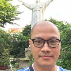 떤딘 성당 여행 사진