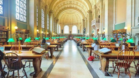 波士頓圖書館