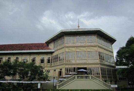 비만멕 궁전