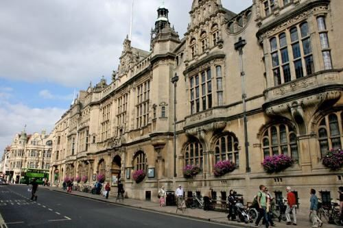 Oxford Town Hall
