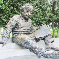 愛因斯坦雕像用戶圖片