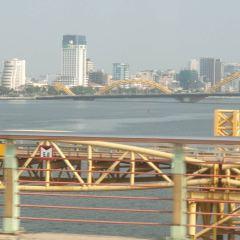Dragon Bridge User Photo