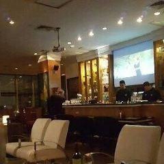 The View Bar張用戶圖片