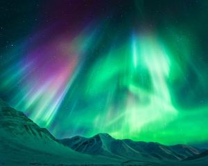 Best Timetable for Chasing The Northern Lights Worldwide: 10 Places to Watch The Marvelous Aurora