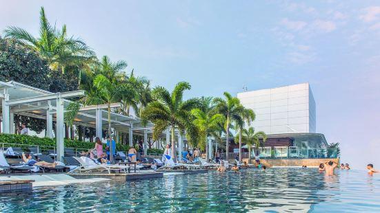 Marina Bay Sands Hotel Infinity Pool