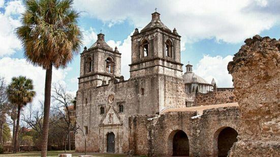 圣安东尼奥历史遗迹公园,荒凉的遗迹透着历史古老的沧桑,仿佛在