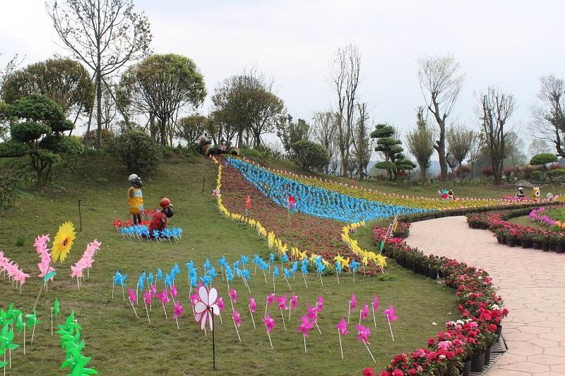 Longtengju Jiating Farm