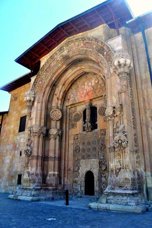 The Great Mosque and Hospital of Divrigi