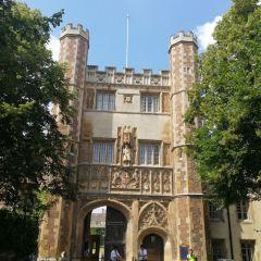 聖三一學院用戶圖片